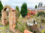 Mayfield_courtyard